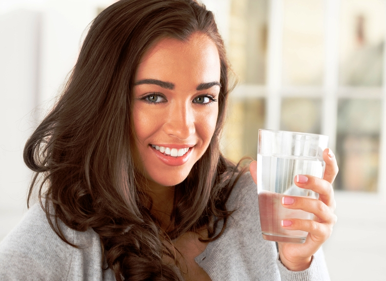 Сколько пить воды в день, чтобы похудеть?