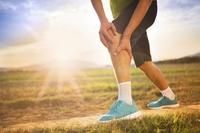 болит колено при беге что делать