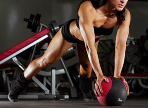 планка на медболе упражнение тренировка