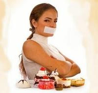 От сладостей фабричного изготовления полезно отказаться даже и без диеты