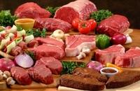 Лучше отдать предпочтение нежирному мясу - индейке или курице