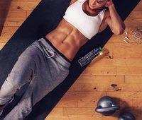 Для укрепления пресса важно также регулярно делать упражнения на другие группы мышц