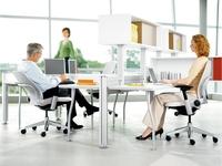 Сидячая работа: какие упражнения уберут последствия?