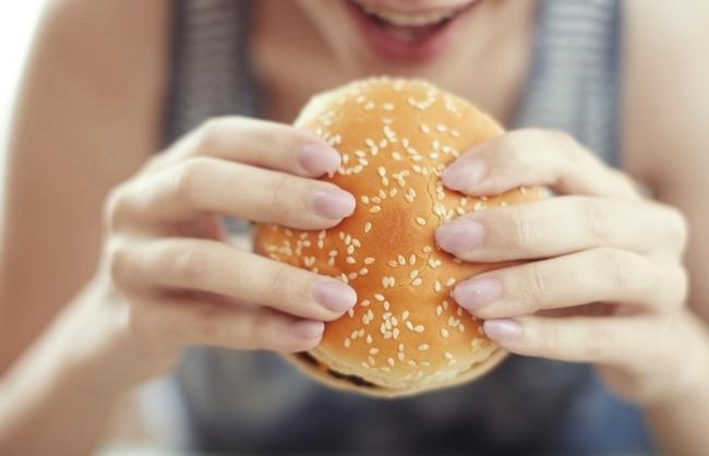 Чувство голода после еды: причины и способы устранения, ощущение голода в желудке после еды, нет чувства насыщения, постоянное чувство