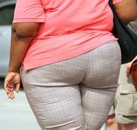 Почему женщина может резко набрать вес?