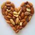 чем полезны орехи для женщин
