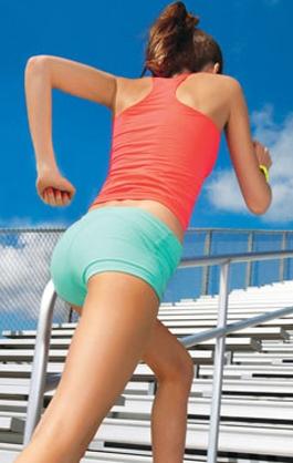 ходьба по лестнице упражнение