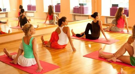 прически фитнес на тренировку