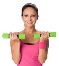 Упражнения для рук для женщин гантели